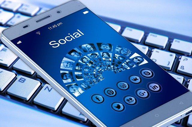 réseaux sociaux - infopreneur